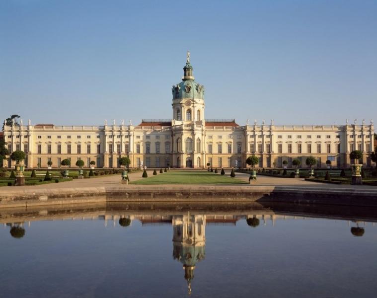Berlin-Schloss-Charlottenburg-giardino_foto-Hans-Bac