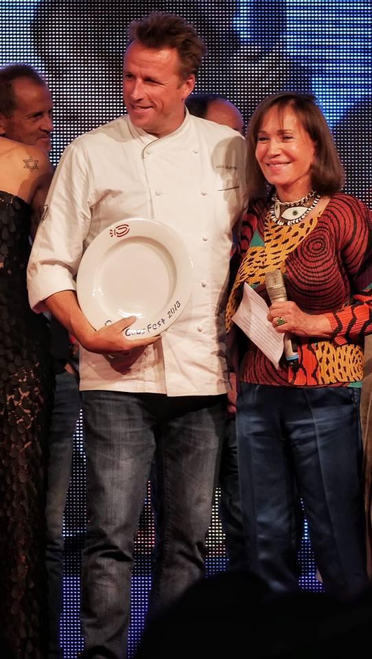 A Marc Murphy chef Usa il premio gusto e benessere nella foto con Fiammetta Fadda